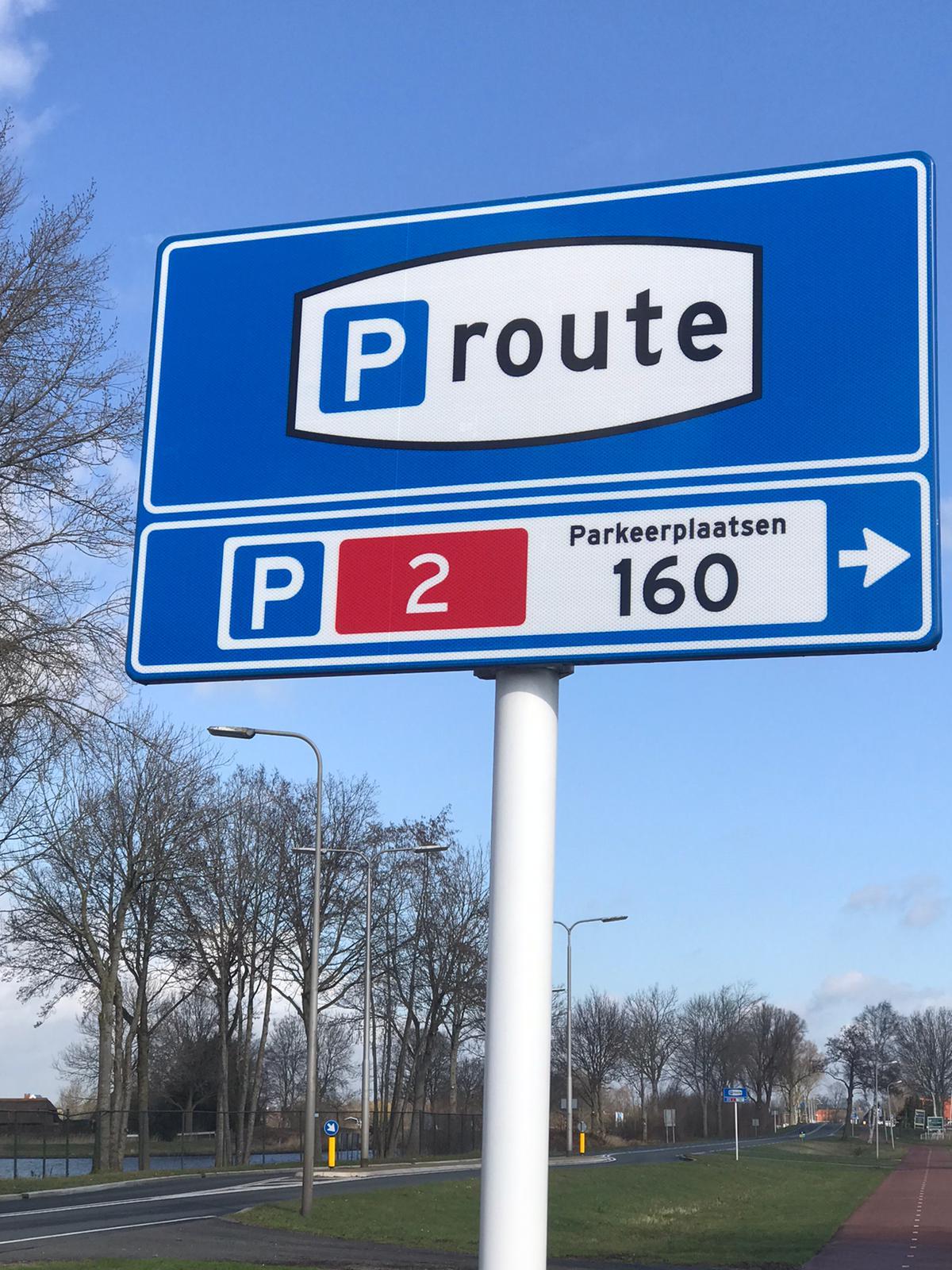 Parking in Giethoorn 5