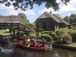 Giethoorn Travel hacks