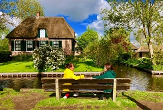 Relaxing in Giethoorn