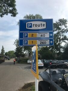 where to park in Giethoorn