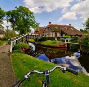 Cycling in Giethoorn village